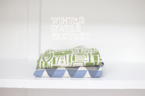 winter water factory + la la lovely 2
