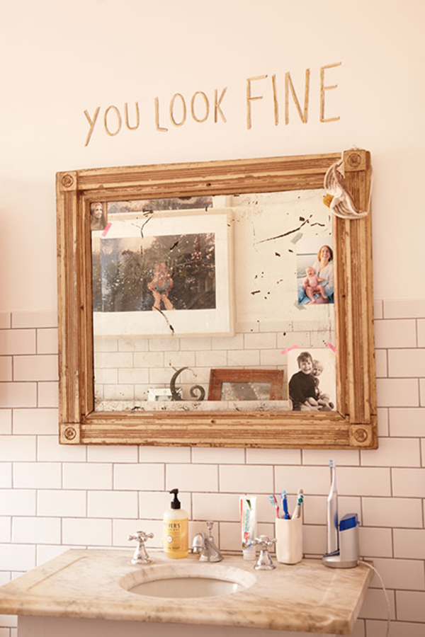 you look fine mirror via la la lovely