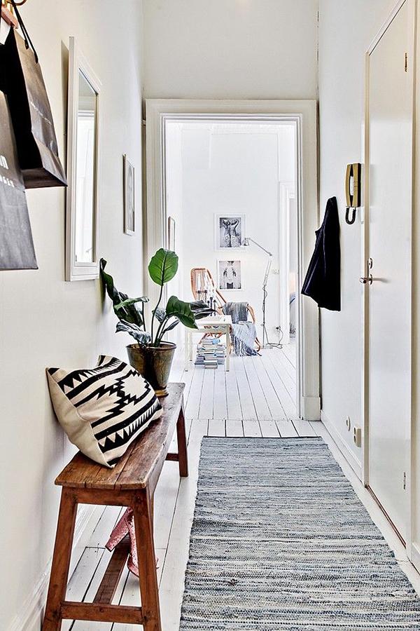 hallway-love_lalalovely