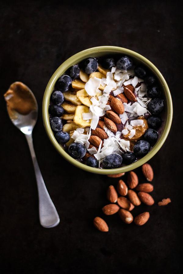 la-la-loving-berry-smoothie-bowl