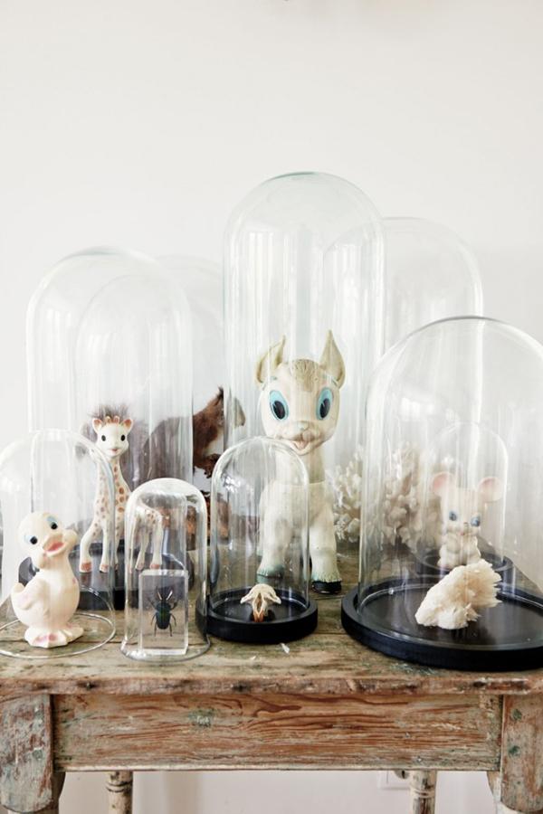 la la loving trinkets under bell jars