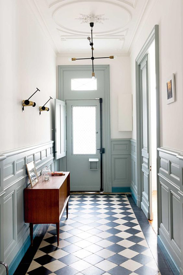 La La Loving blue entryways