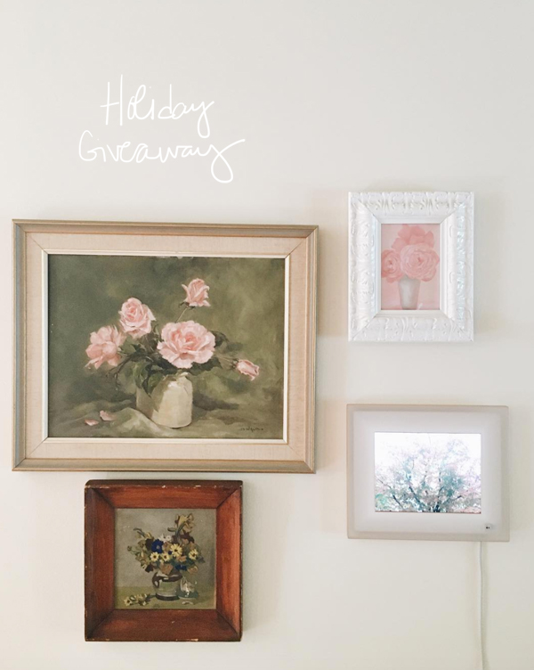 La La Lovely Holiday Giveaway